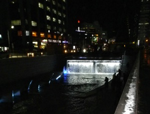 Cheonggyecheon (청계천)